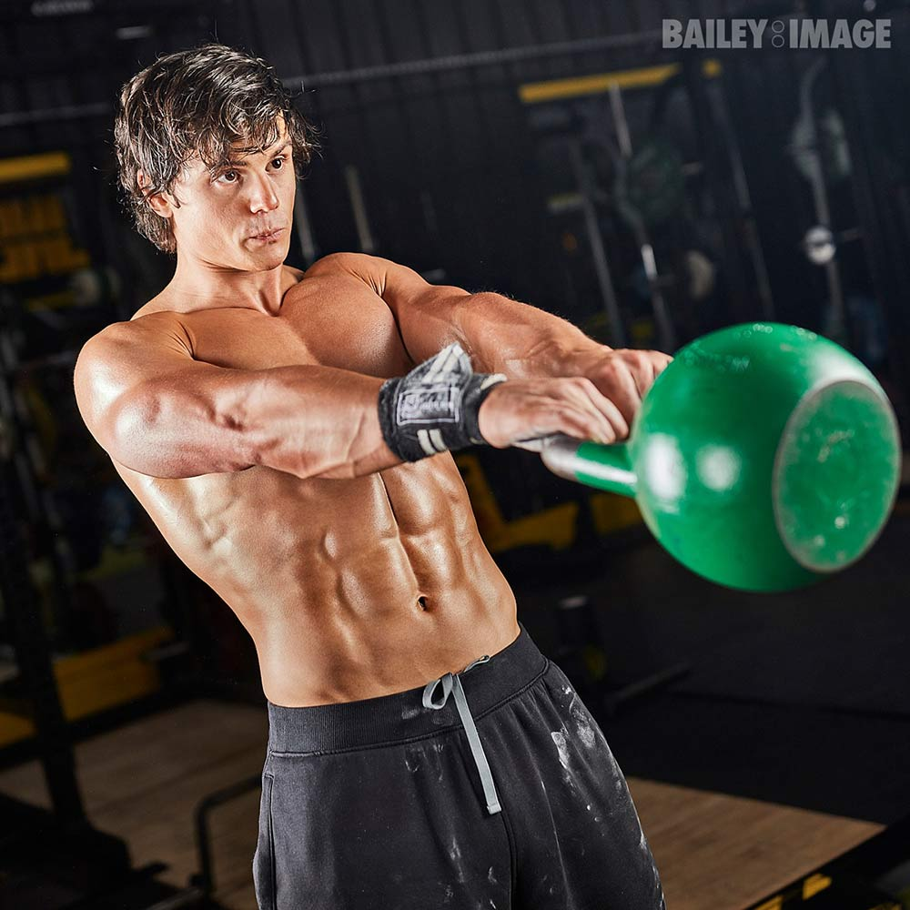 chris knotts kettlebell swing image